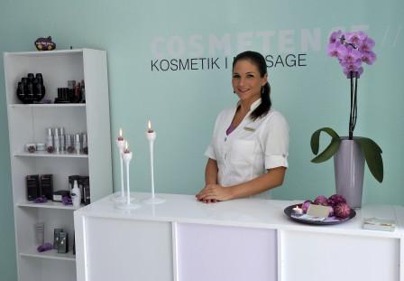Jennifer-Goetz-im-Kosmetikinstitut-Mannheim